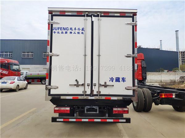 小型蓝牌4米2江淮骏铃V5肉钩冷藏车厂家价格配置图片