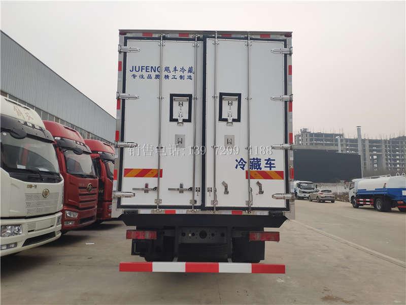 9米6重汽汕德卡冷藏车厂家价格