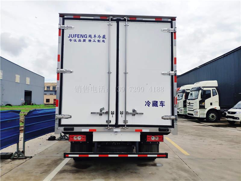 国六福田奥铃宽体4米2冷藏车多少钱