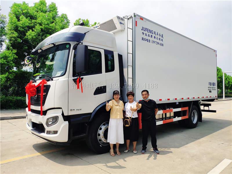 东风天锦KR6.8米冷藏车价格