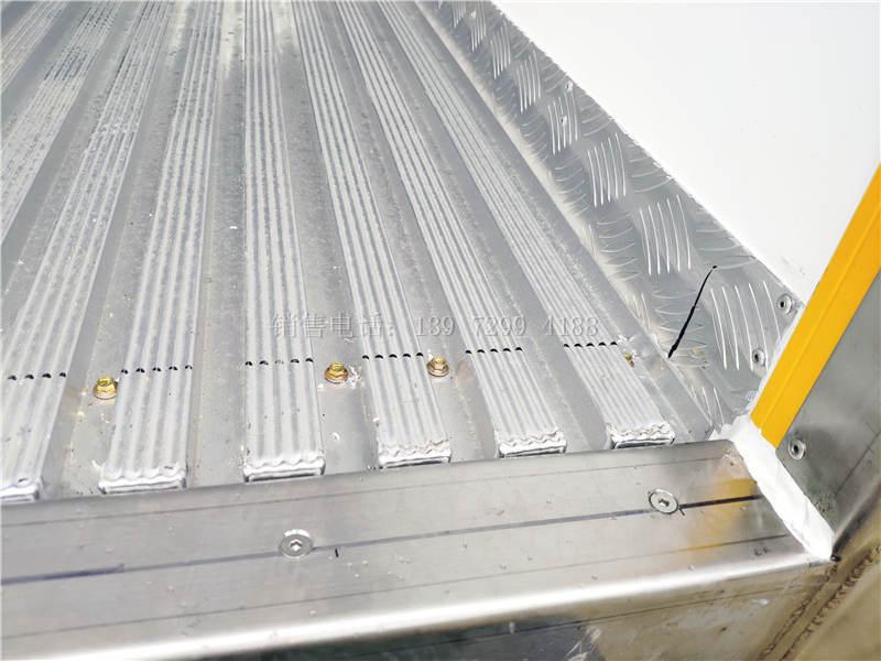 东风天龙9.6米冷藏车通风槽的好处