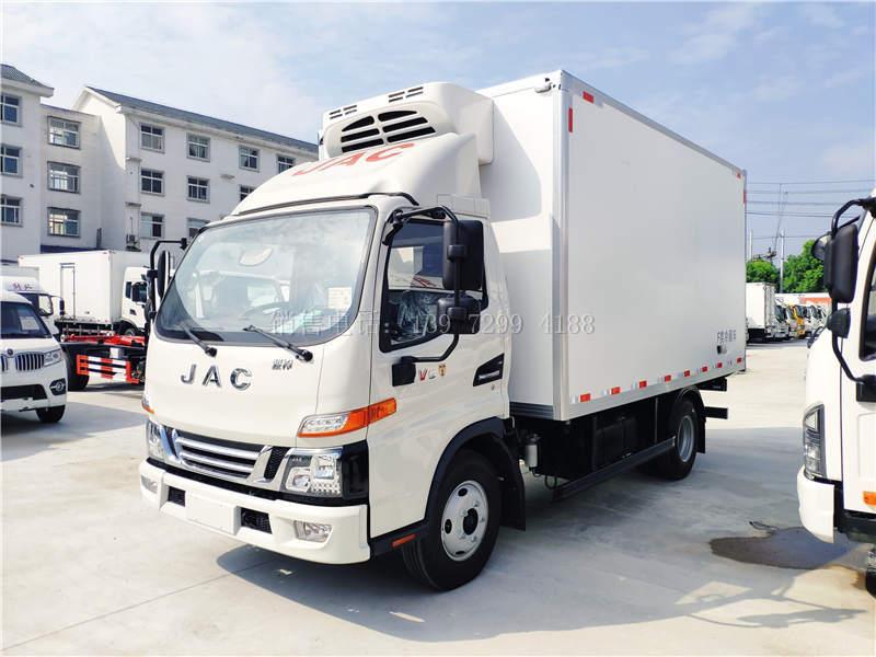 国六江淮骏铃v5箱式4米2冷藏车