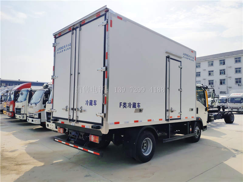 国六重汽统帅4.2米康机156马力冷藏车价格图片
