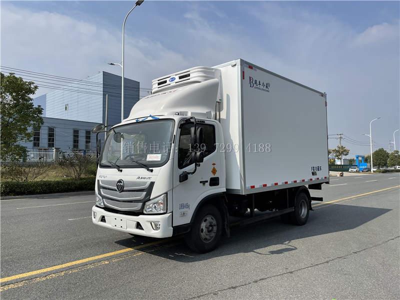 蓝牌4米2福田欧马可S3康明斯160马力肉钩冷藏车价格