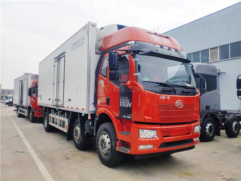 新款国六7米8解放J6L小三轴肉钩冷藏车价格